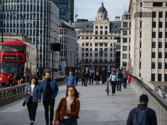 هل تدخل لندن مرحلة إغلاق تام؟