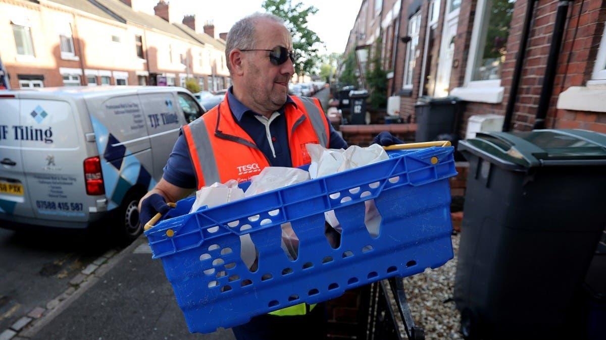 COVID-19 stockpiling: UK's Tesco blocks bulk-buying of toilet roll and flour thumbnail