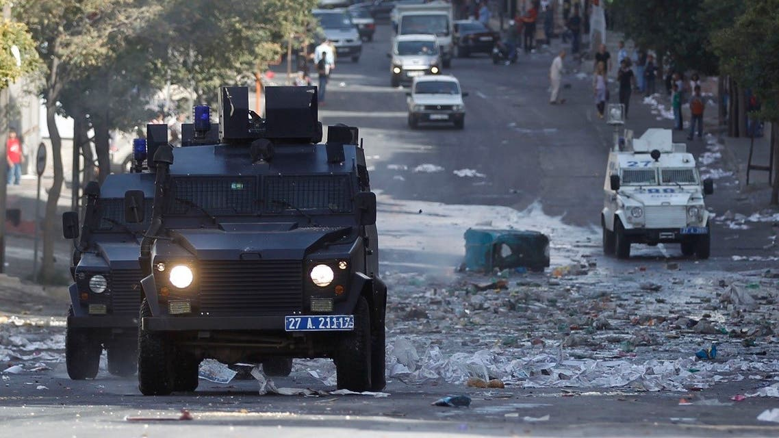 Armoured police vehicles patrol the streets in Turkey's border province of Gaziantep after clashes over the besieged Syrian town of Kobani, southeastern Turkey October 10, 2014.  (Reuters)