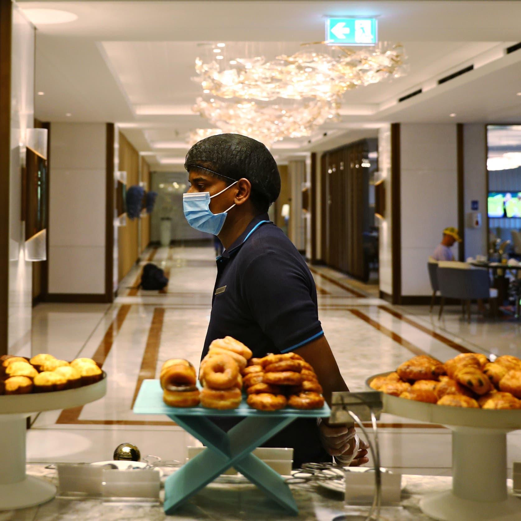 التزاماً بالإجراءات.. تشدد في مراقبة المنشآت السياحية في دبي