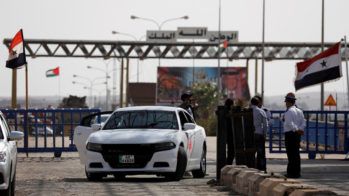 A civilian car from Jordan passes into Syria at the Nasib border crossing with Jordan in Deraa, Syria October 15, 2018. (File photo: Reuters)