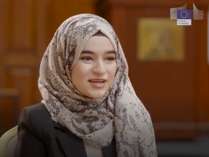 لاجئة سورية حققت حلمها: رئيسة المفوضية الأوروبية فاجأتني