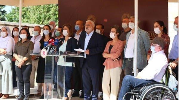 تركيا.. سياسيون أكراد محتجزون يضربون عن الطعام