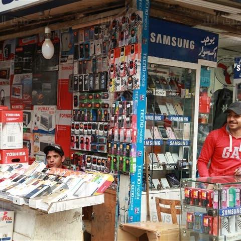 واردات مصر من الهواتف المحمولة تهوي 29% في يونيو