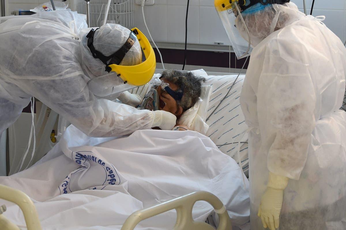 مصاب بكورونا في أحدى مستشفيات تونس
