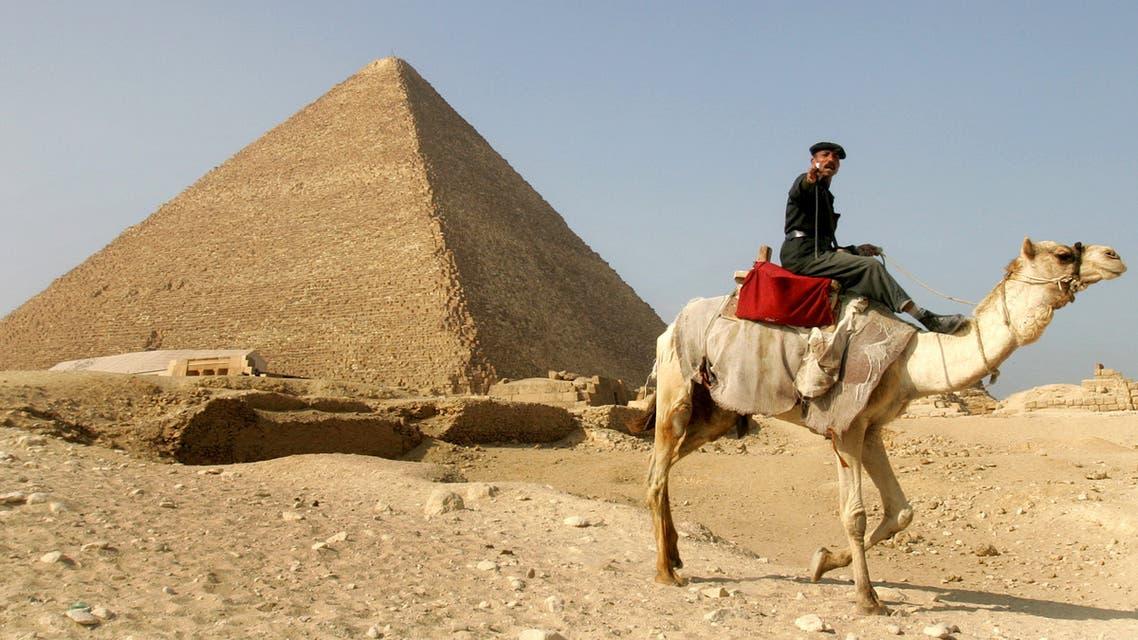 الأهرامات مصر اقتصاد سياحة مناسبة