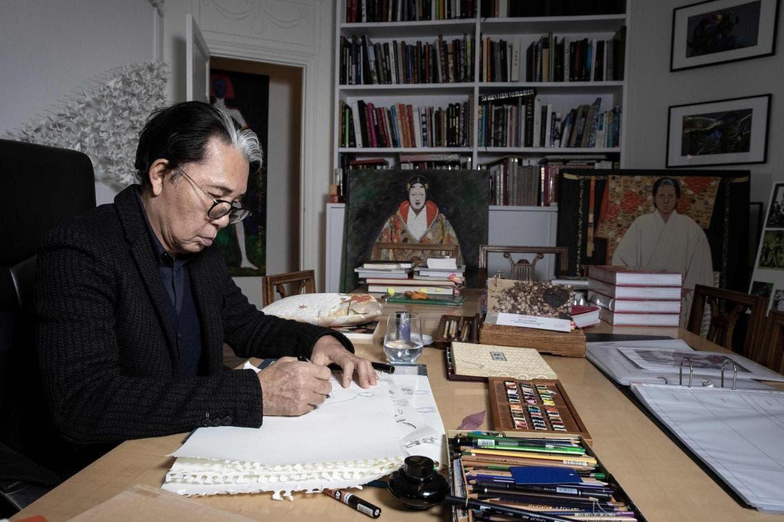 كنزو تاكادا في محترفه