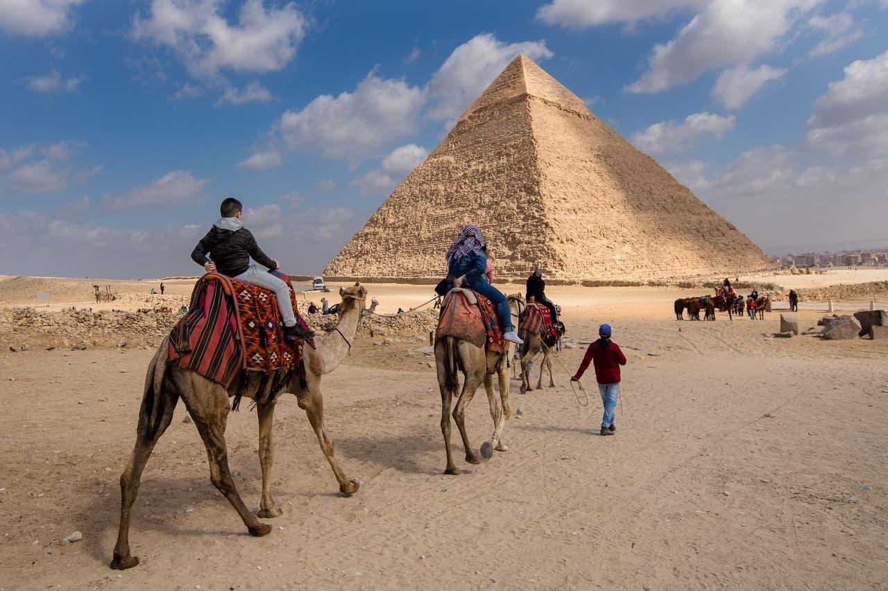 انكماش السياحة 66% يقلص معدل النمو