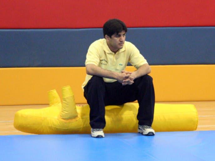 قهرمان سابق کشتی ایران از تبعیض علیه کردها و عربها در ورزش میگوید