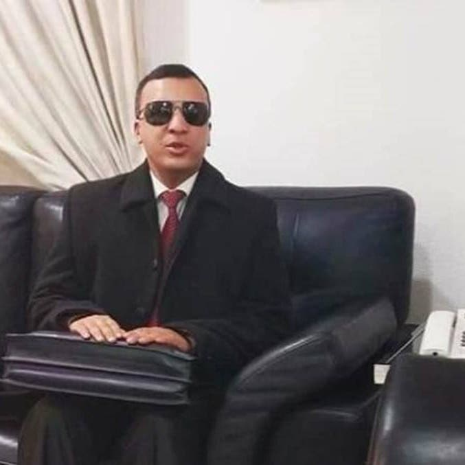 الوزير الكفيف يتمرد.. وحكومة تونس تقيله