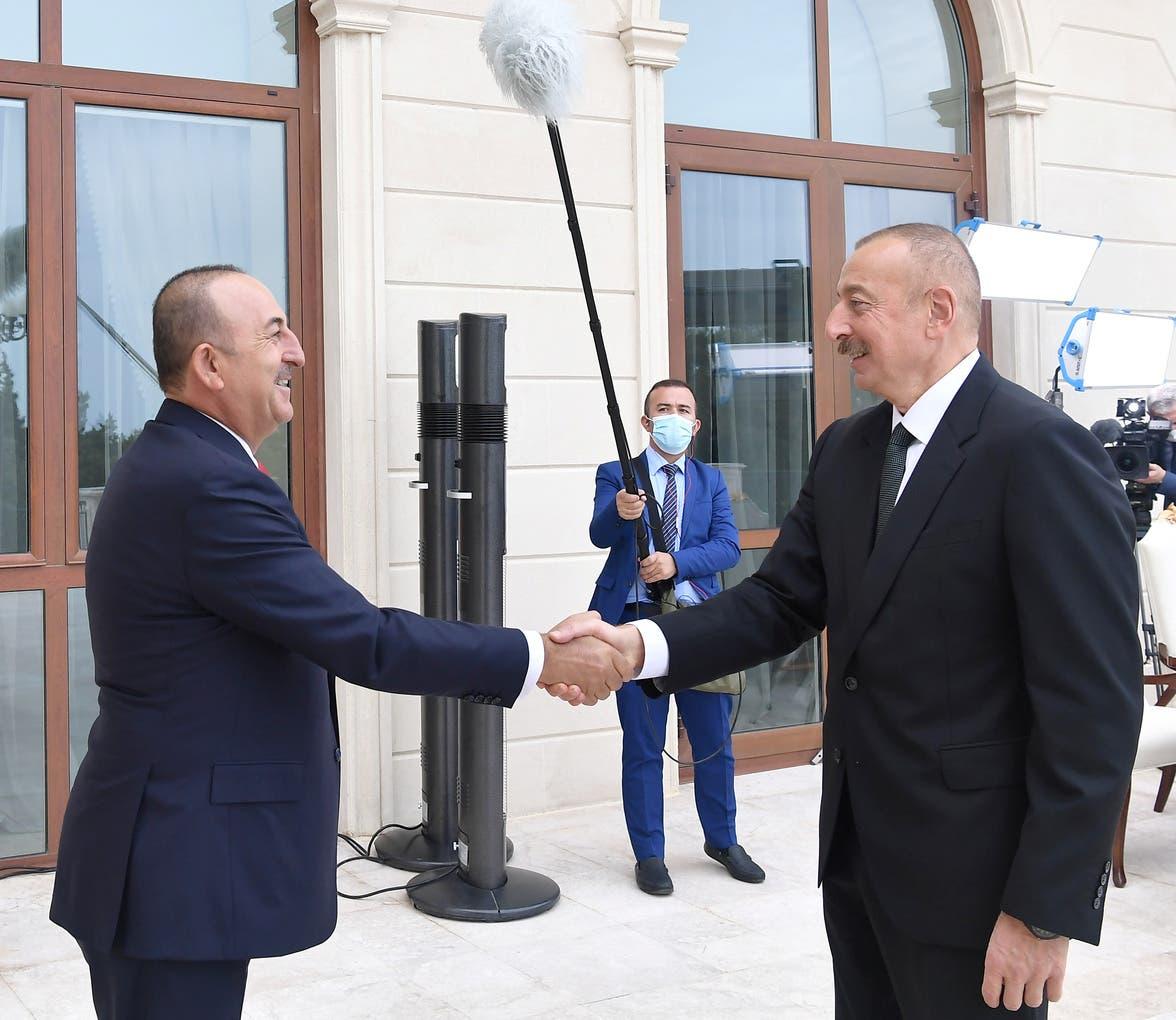 تشاويش أوغلو مع نظيره الأذربيجاني في باكو في 6 أكتوبر الحالي