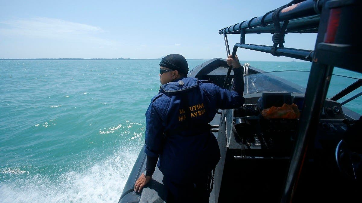 Malaysia detains 60 Chinese nationals, six fishing vessels for trespassing thumbnail