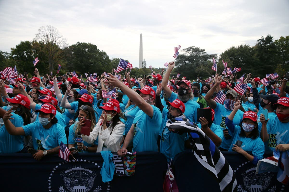 Supporters of U.S. President Donald Trump attend the president's campaign rally on the South Lawn of the White House calling it a peaceful protest in Washington. (Reuters)