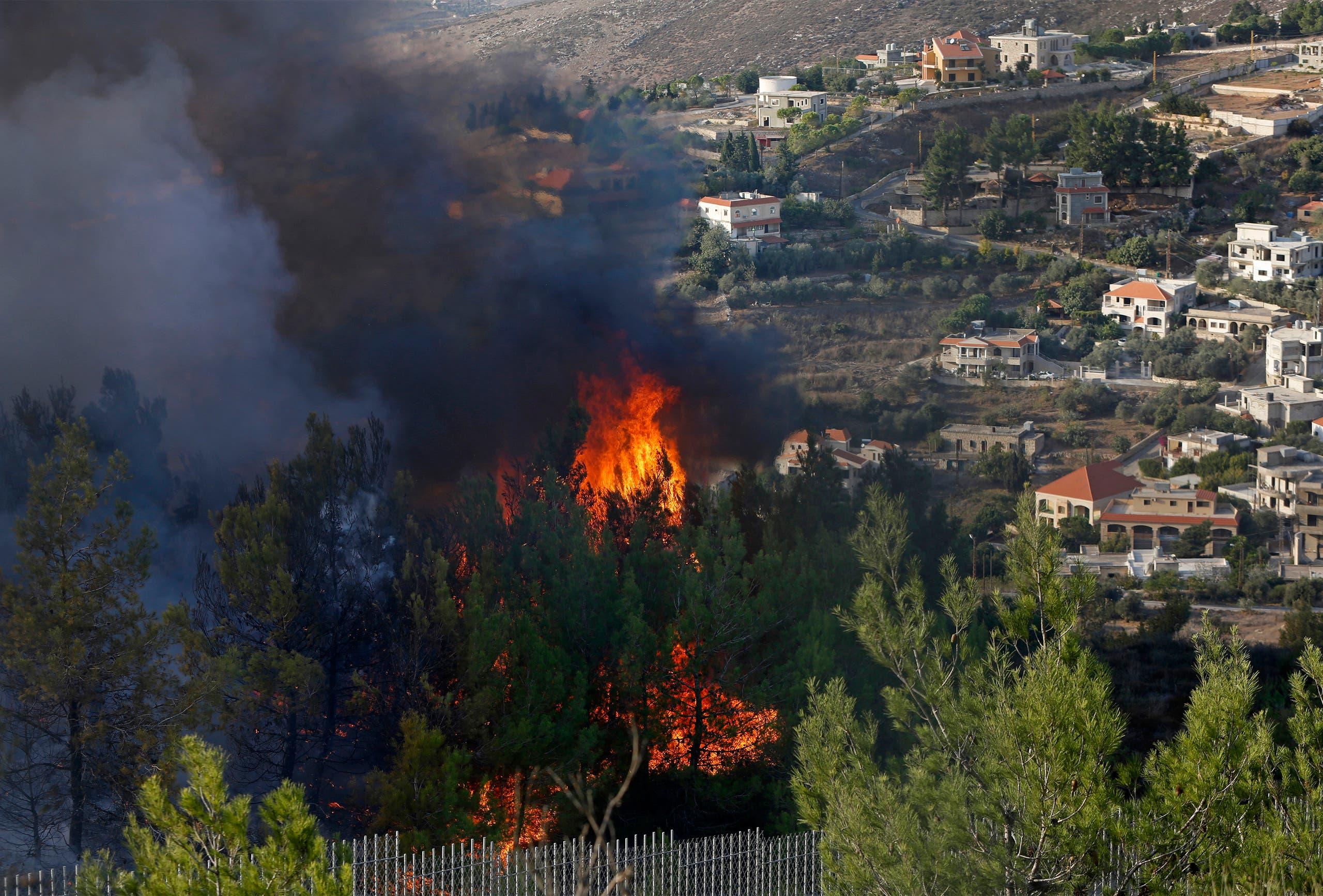 من الحرائق في جنوب لبنان