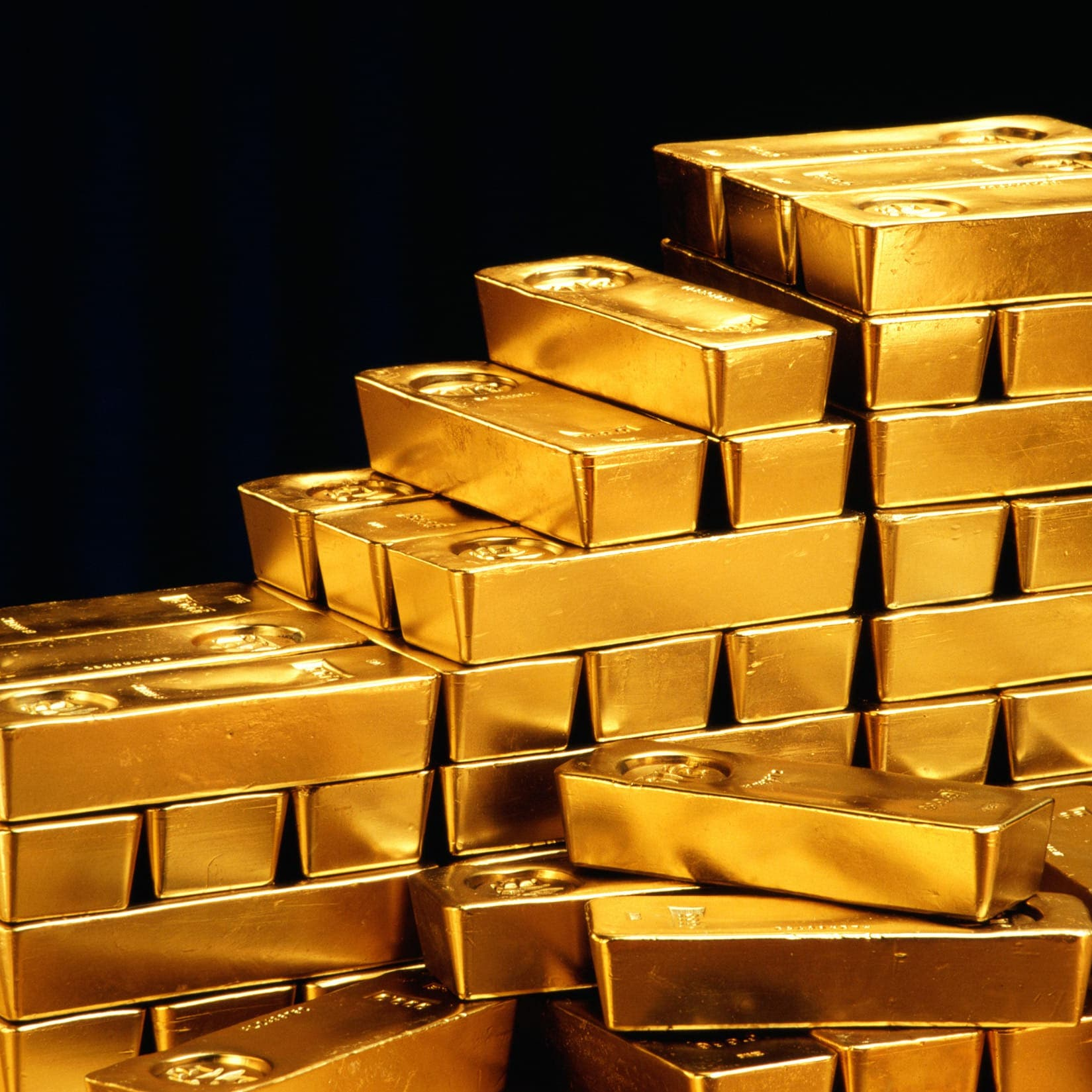 هؤلاء اشتروا 1000 طن من الذهب منذ مطلع 2020