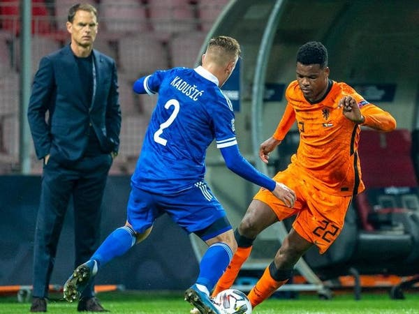 دي بور: قلة أهداف هولندا لن تكون مشكلة