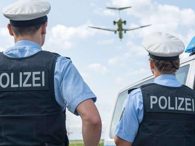 عراقيون وصلوا بطائرة خاصة كدبلوماسيين وطلبوا اللجوء بألمانيا