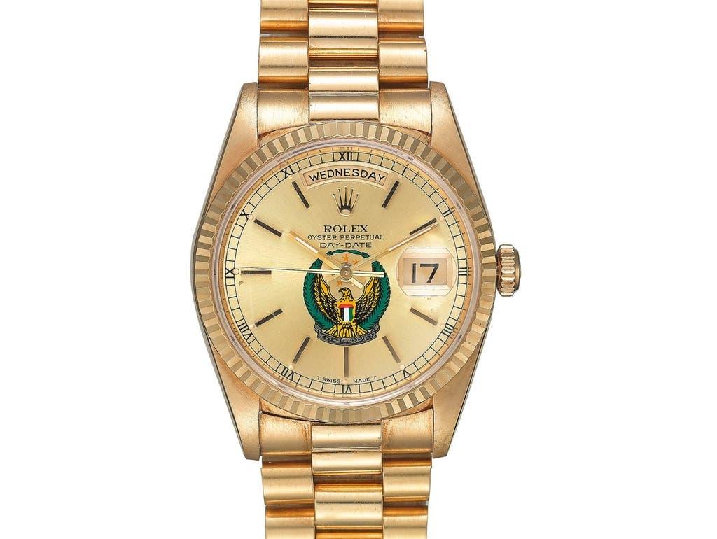 ساعة رولكس من الذهب الأصفر تحمل الرقم 22 في المزاد