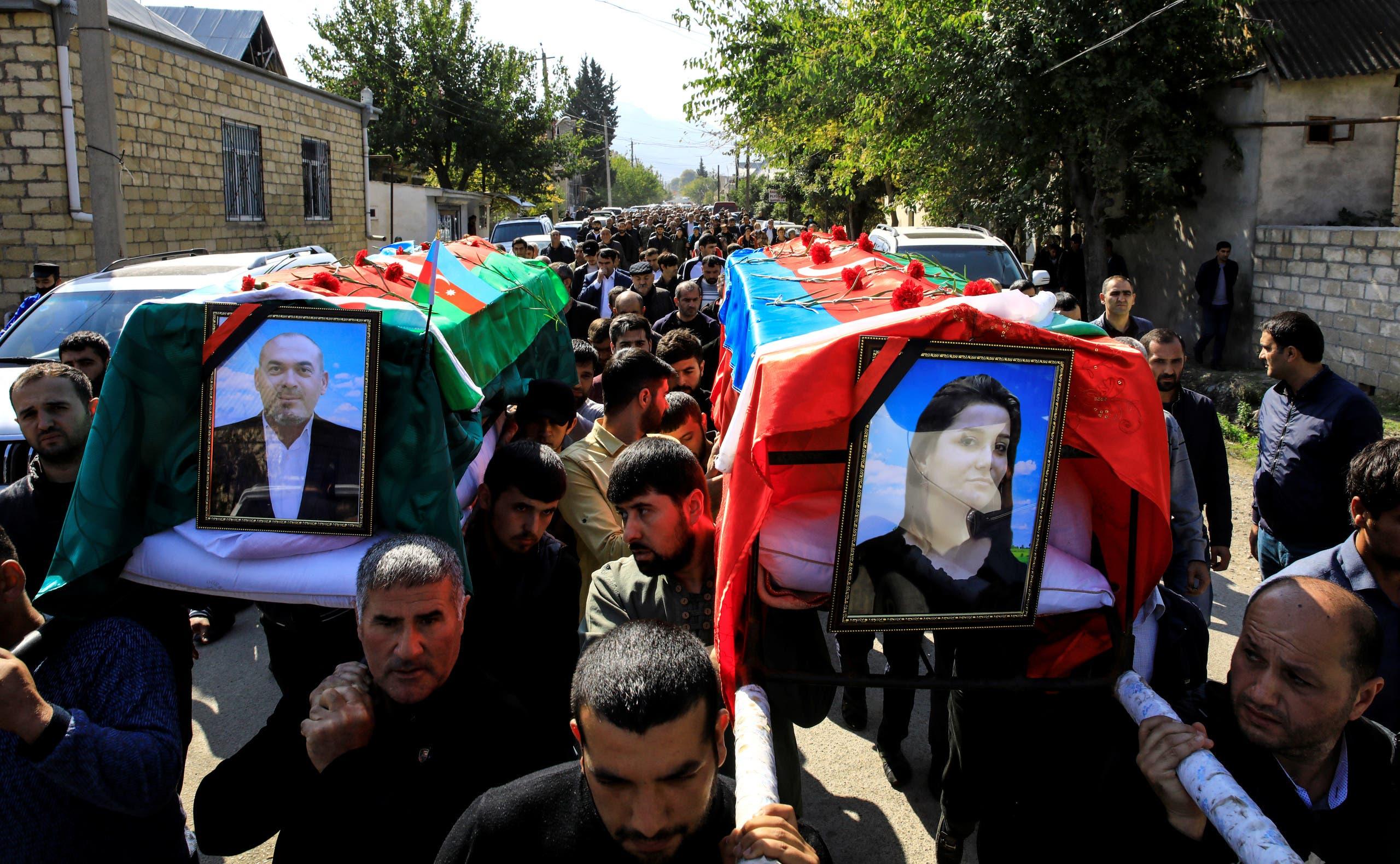 تشييع قتلى أذريين قضوا في المعارك