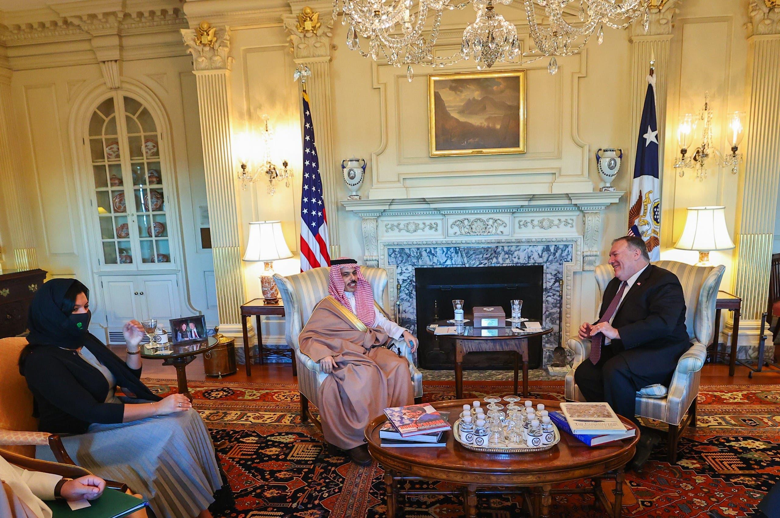 لقاء جمع بين وزيري خارجية البلدين
