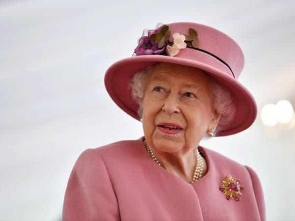 للمرة الأولى منذ 7 أشهر.. ملكة بريطانيا تخرج من القصر