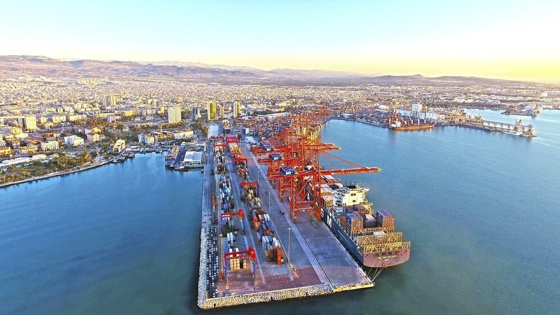 ميناء مرسين الدولي على ساحل البحر المتوسط في تركيا
