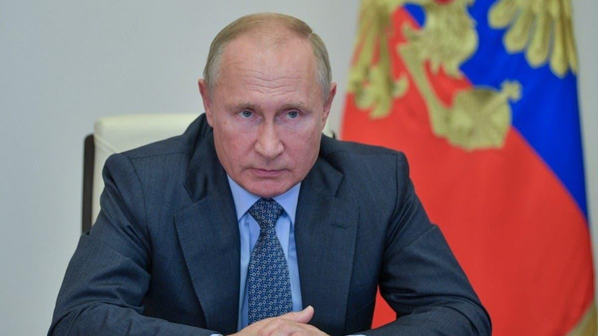 Putin denies involvement in Navalny's poisoning thumbnail