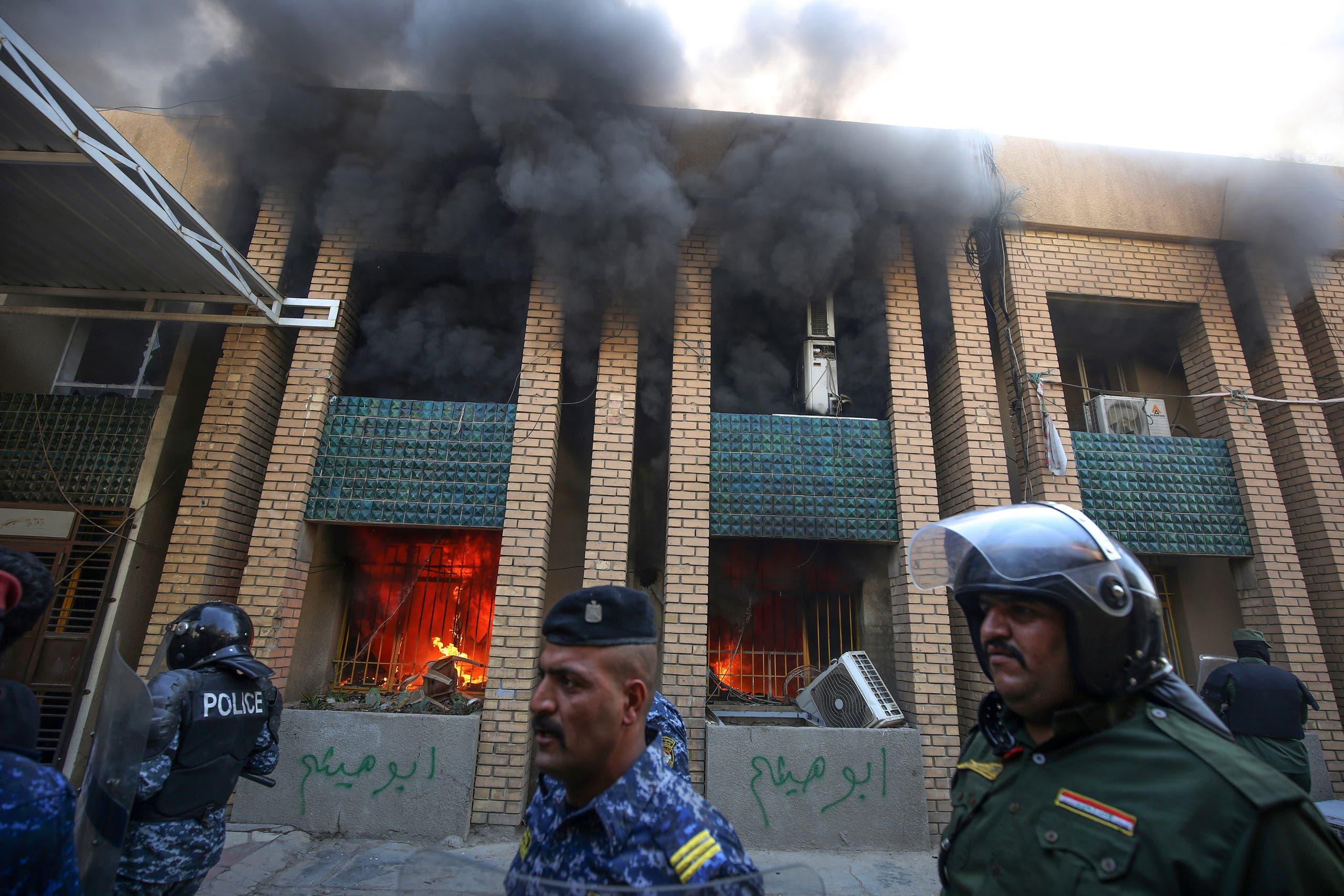 من محيط مقر الحزب الديمقراطي الكردستاني في بغداد (فرانس برس)
