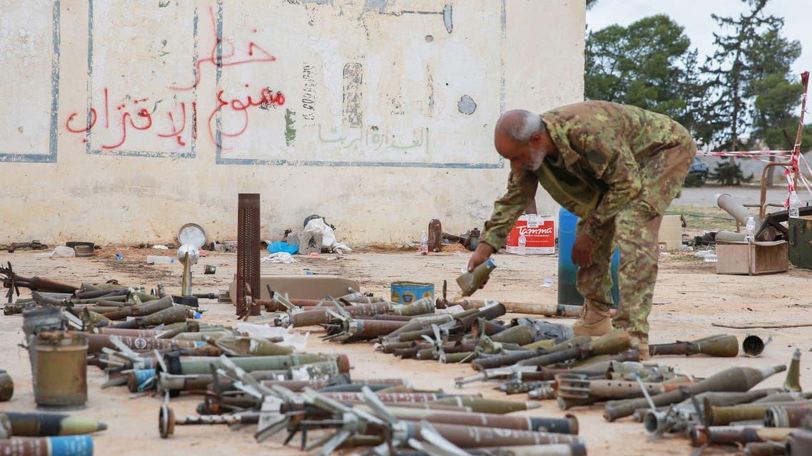 عنصر من قوات الوفاق  في طرابلس (أرشيفية- فرانس برس9