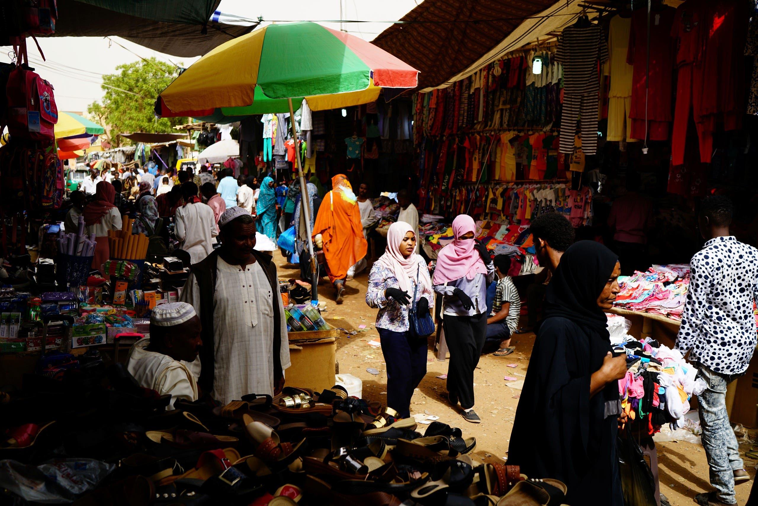 أحد أسواق الخرطوم الشعبية