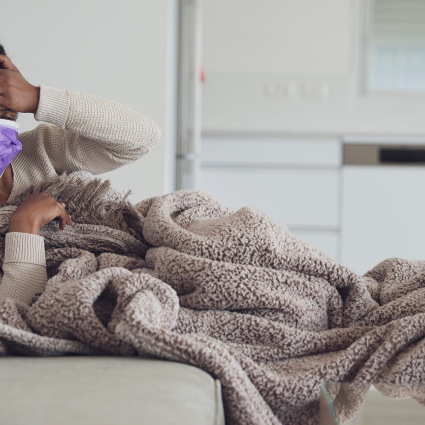 في ظل كورونا.. كيف نتعامل مع الإنفلونزا ومتى نلجأ للطبيب؟