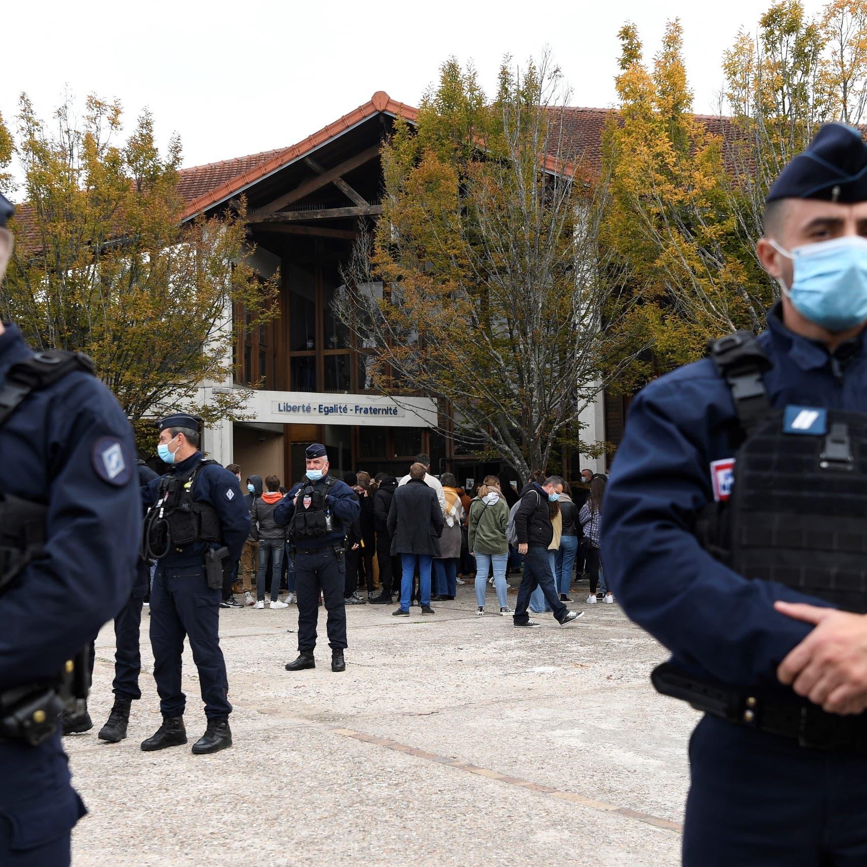 فرنسا.. حملة ضد عشرات الأفراد المرتبطين بالتنظيمات المتطرفة