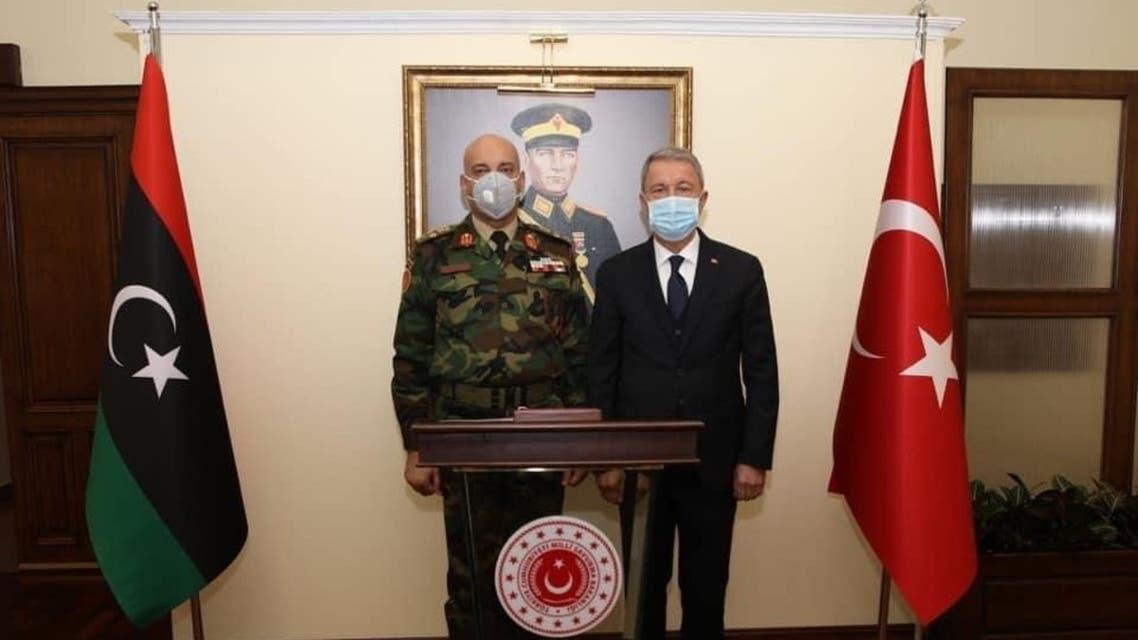 رئيس أركان حكومة الوفاق الليبية الفريق أول ركن محمد الحداد يلتقي وزير الدفاع التركي خلوصي أكار في في تركيا