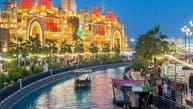 القرية العالمية من ضمنهم.. دبي تعيد افتتاح المزيد من وجهاتها الترفيهية