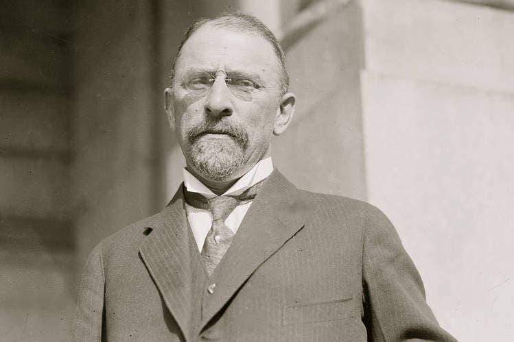 صورة للسفير الأميركي هنري مورغنثاو