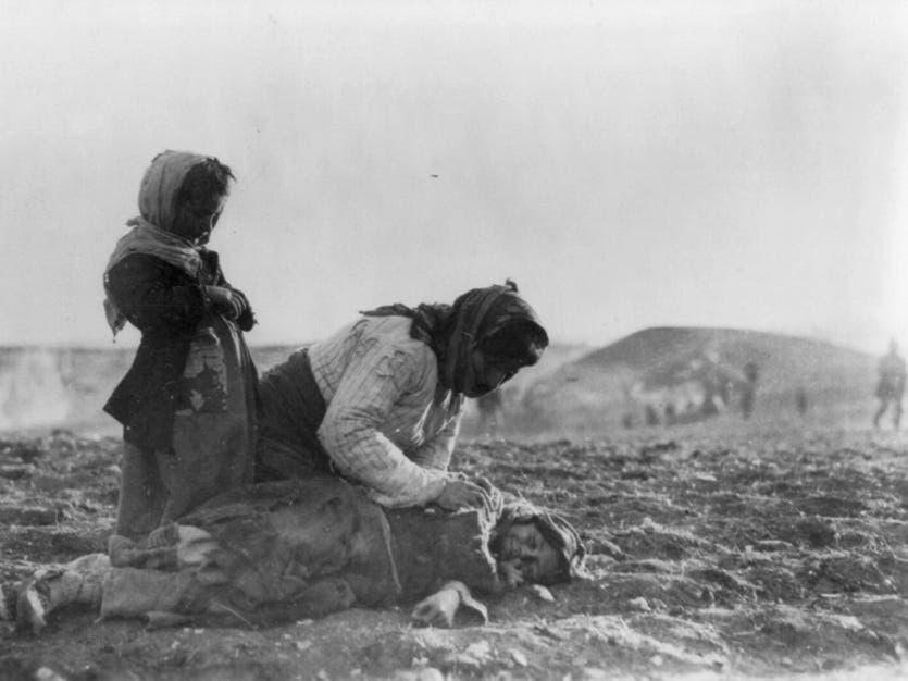 صورة لبعض ضحايا ابادة الأرمن