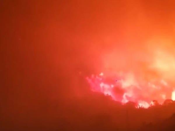 شاهد.. حريق في منطقة وعرة بجبل غلامة بالسعودية