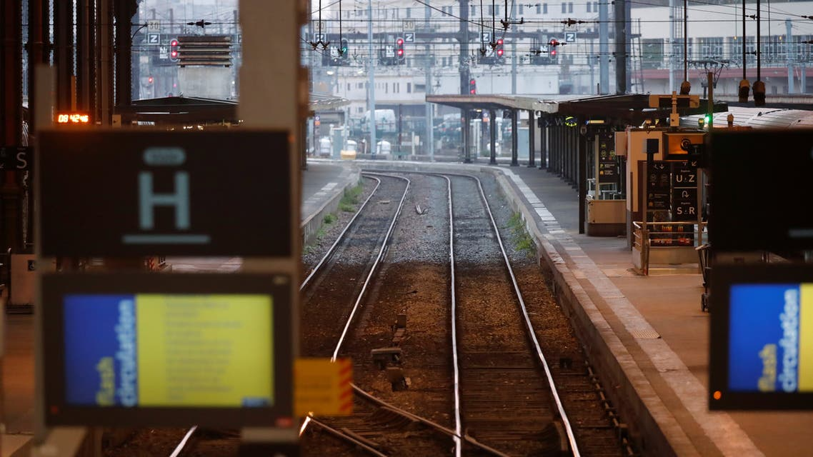 Tracks are seen at the Gare de Lyon railway station in Paris. (File photo: Reuters)