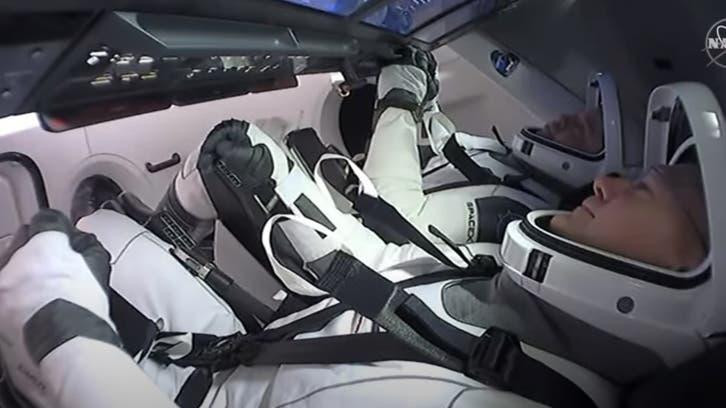 عودة 3 رواد فضاء بعد مهمة في المحطة الفضائية الدولية