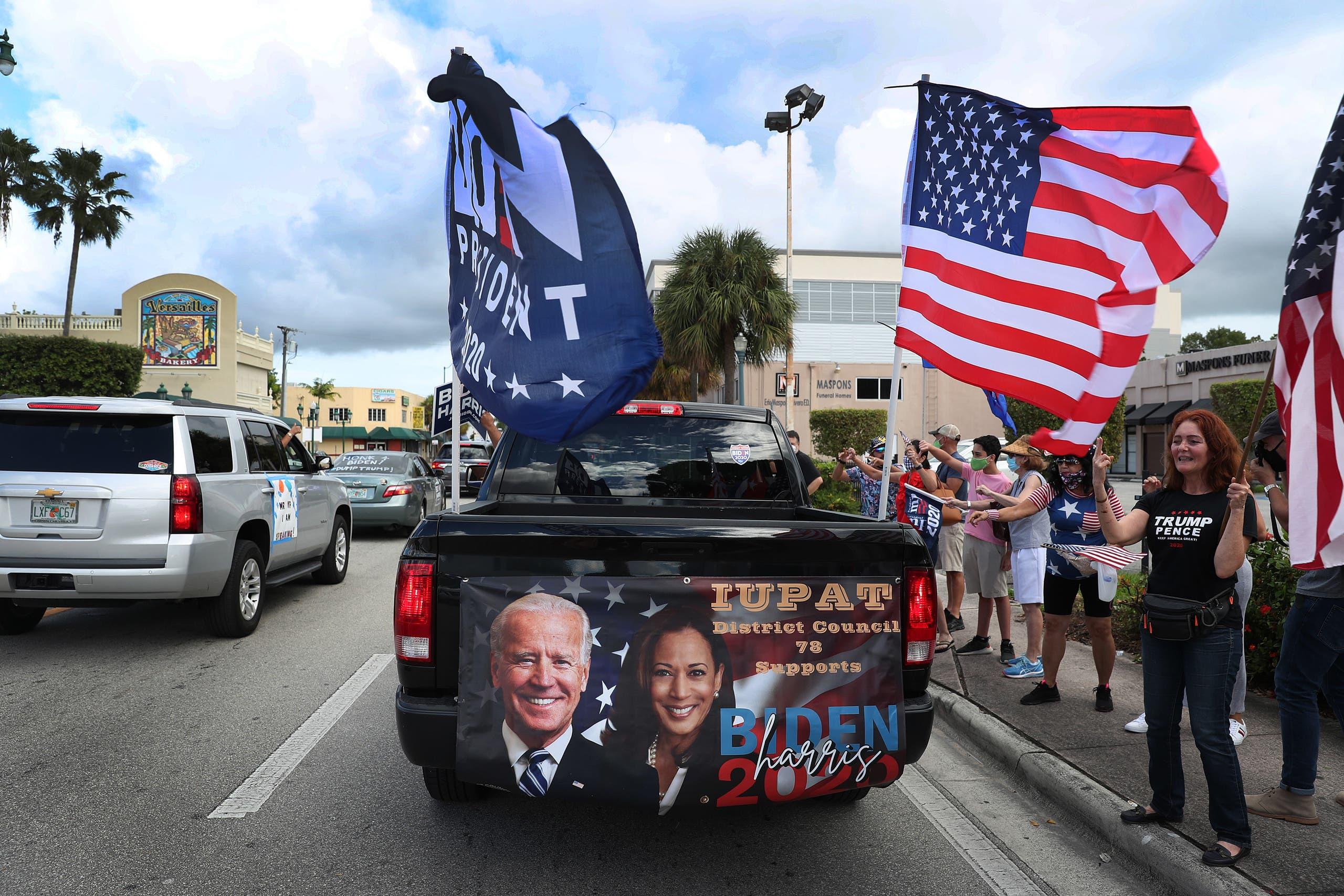 قافلة لمناصري بايدن في فلوريدا