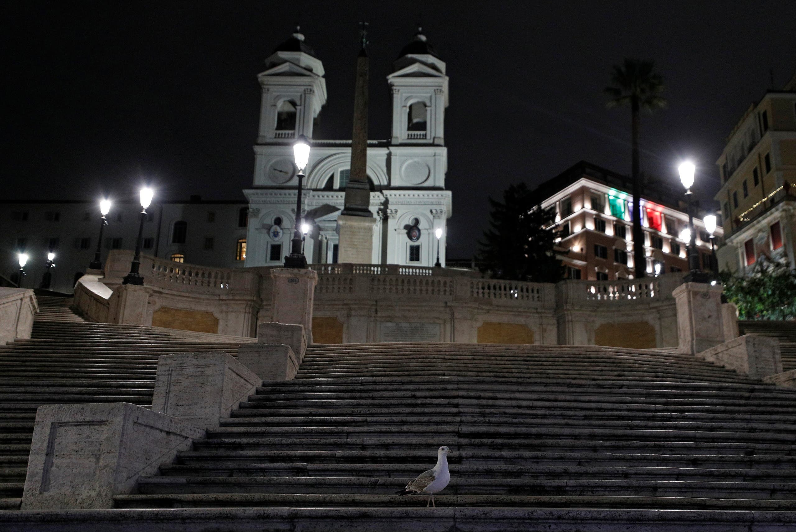 فرض حظر التجول في إيطاليا