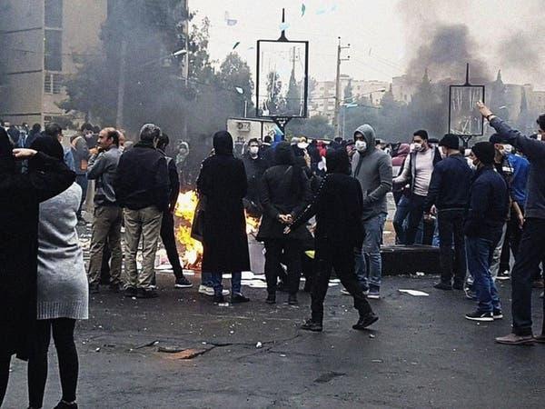 صحيفة إيرانية تحذر من تكرار احتجاجات نوفمبر