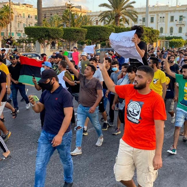 شبكات فساد بالوفاق الليبية.. أوامر بسجن مسؤولين بارزين