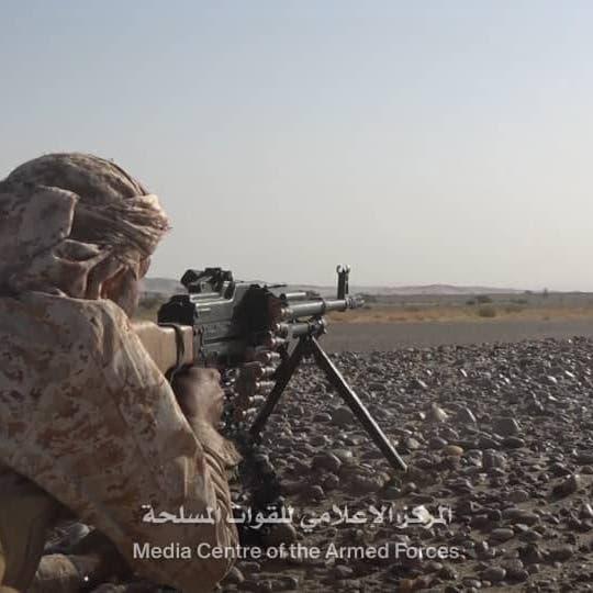 شاهد.. الجيش اليمني يحرر مواقع جديدة شرق مدينة الحزم