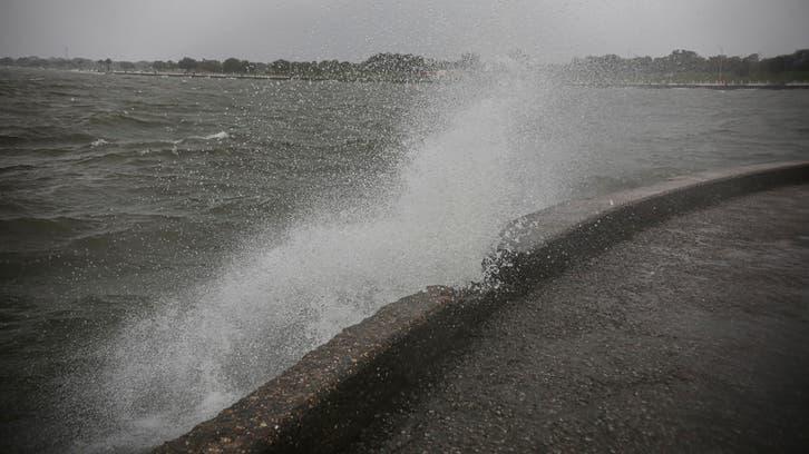 إعصار زيتا يجتاح جنوب أميركا.. والسلطات تحذر