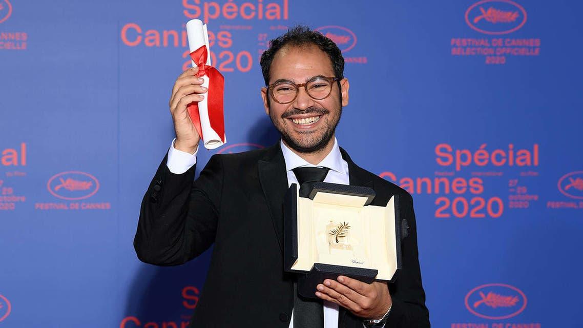 مخرج الفيلم بعد الفوز بالجائزة