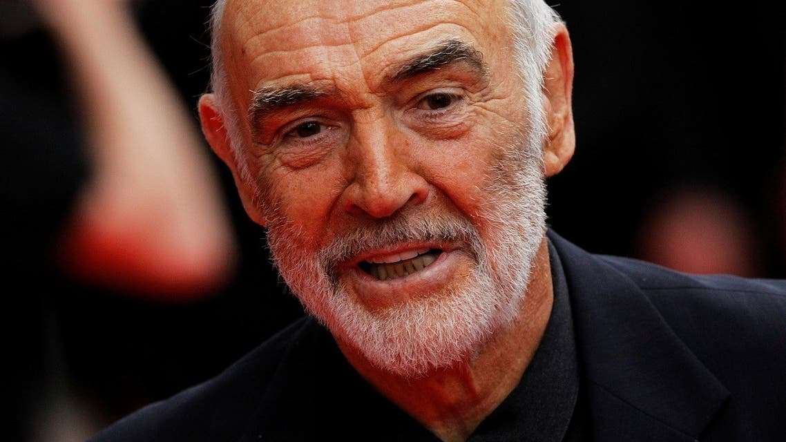 Actor Sean Connery arrives for the Edinburgh International Film Festival opening night showing of the animated movie 'The Illusionist' at the Festival Theatre in Edinburgh, Scotland June 16, 2010. (Reuters/David Moir)