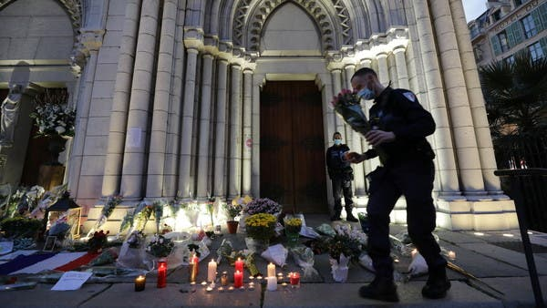 Coronavirus: France must review COVID-19 crowd limits on church attendance
