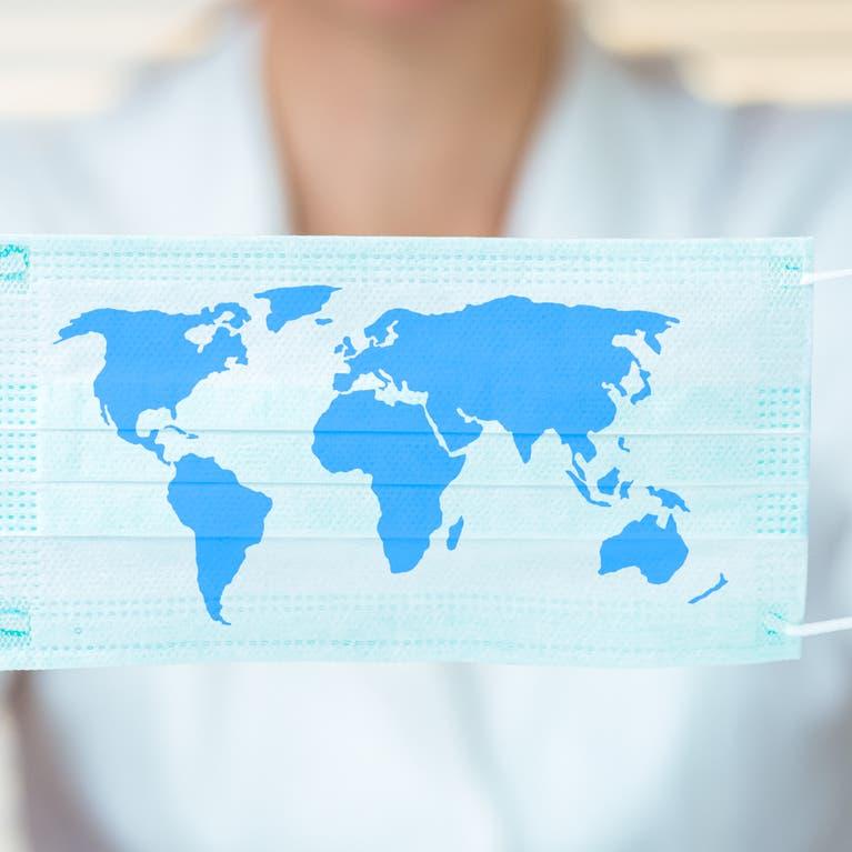 تسجيل عدد قياسي يومي لإصابات كورونا حول العالم