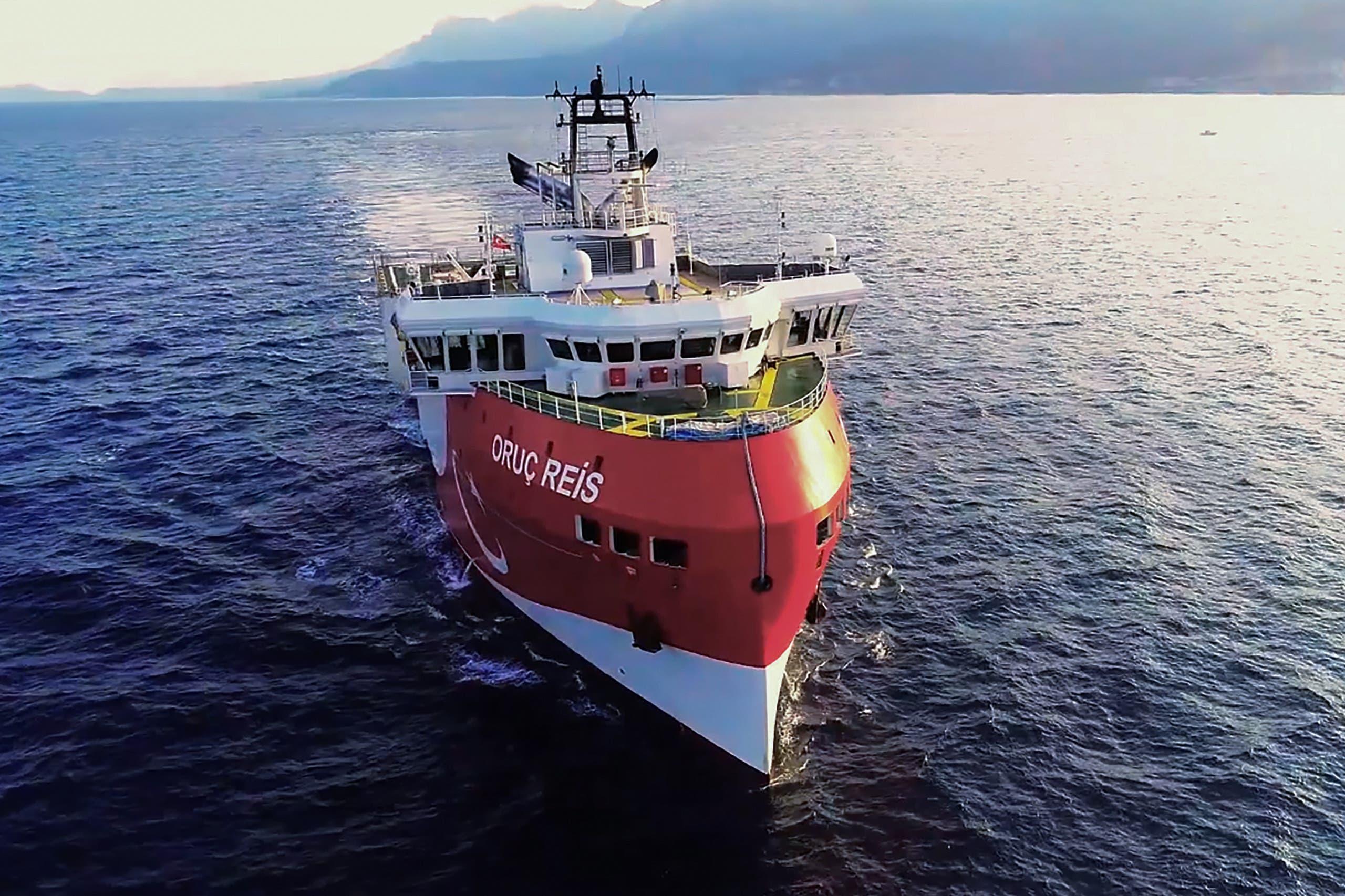 """سفينة التنقيب التركية """"عروش ريس"""" التي تبحر في مياه متنازع عليها مع اليونان"""